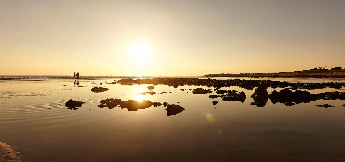 Coucher de soleil sur la plage de Bretignolles sur Mer