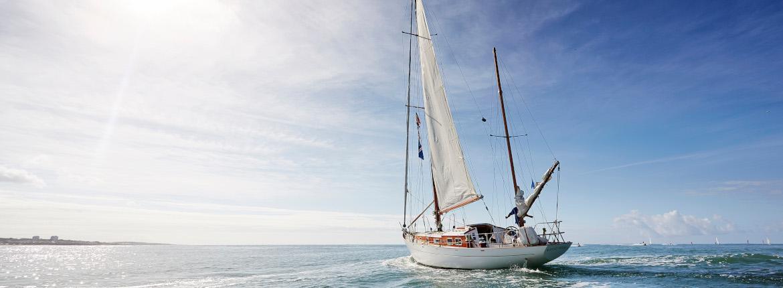 Sortie en mer sur un bateau à voile aux sables d'olonne
