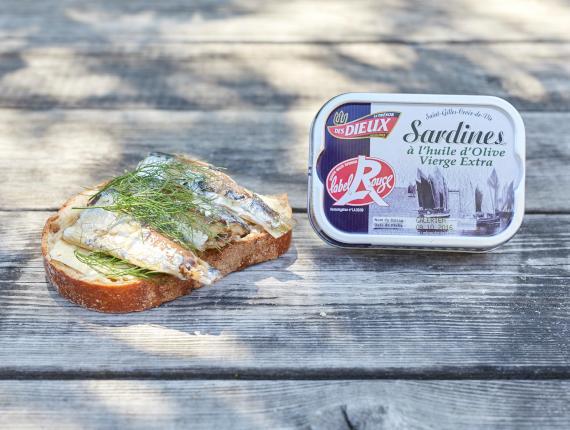 Boite de Sardine et Tartine