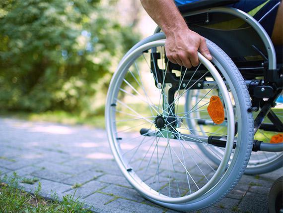 Handicap en fauteuil roulant