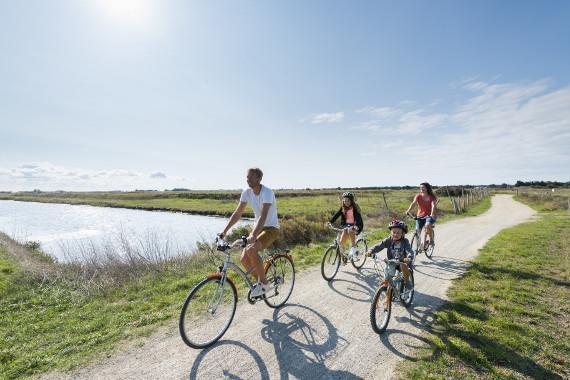 Séjour vélo - Week-end famille en tente safari