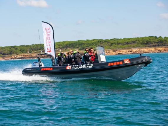 bateau semi-rigide team building vendee