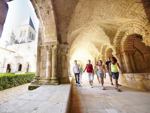 Visit abbaye vendee france