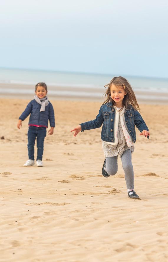 Enfants sur la plage de Saint Jean de Monts